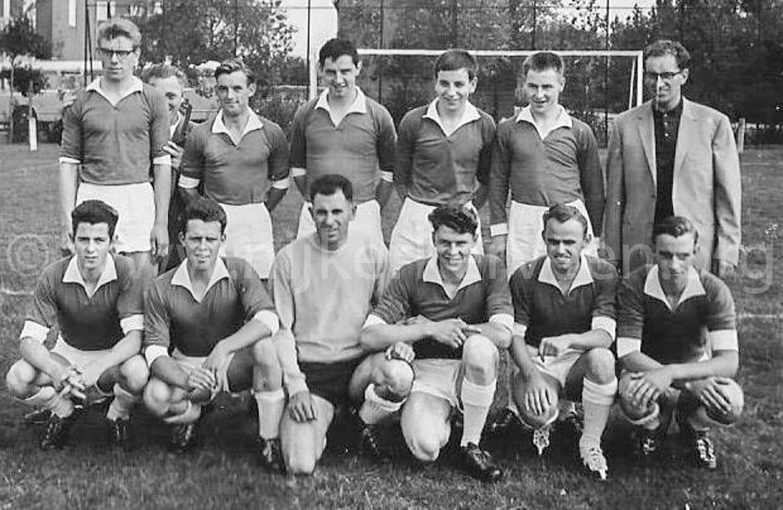 begin-jaren-60-eerste-elftal-zondagafdeling