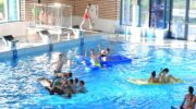 Springkussenfestijn in Nijkerkse zwembad: maandag gratis