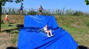 Pret op de zeephelling van het zwembad
