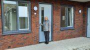 Blije nieuwe huurders in centrum Nijkerkerveen