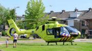 Traumahelikopter landt op de Hoefslag Nijkerk